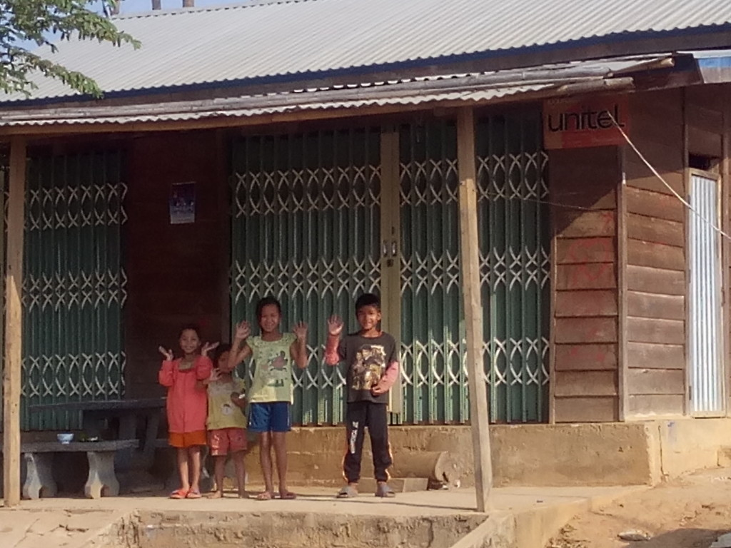 kids in Laos